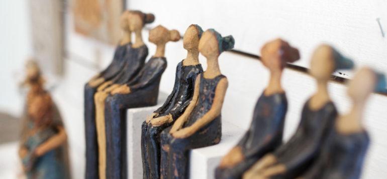 keramiikka ukot taidenayttelyssa